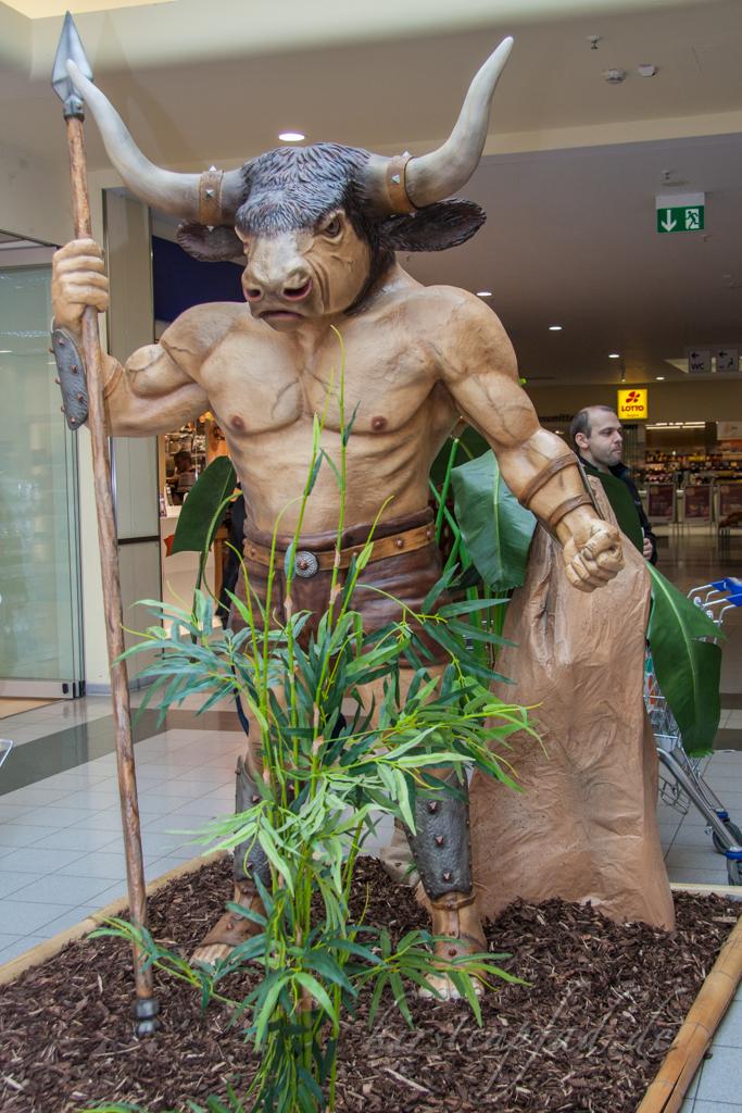 Fabelwesen Ausstellung im Market Bamberg